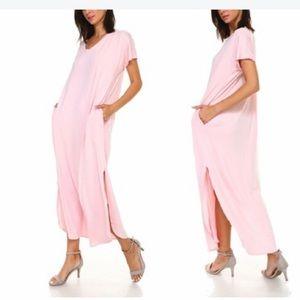 🆕 Women's Flowy Maxi Dress with Side Slits